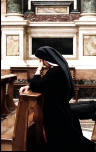 nun_praying.jpg